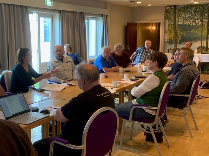 Etter initiativ fra Oppland Sau og Geit ble representanter fra Innlandet politidistrikt, Mattilsynet, SNO, Statsforvalteren og faglagene samlet til møte. Tema var utfordringen med løshund og beitedyr.